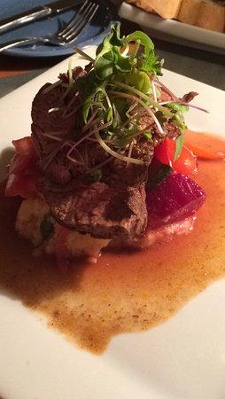 Annex Room Restaurant & Inn: Steak