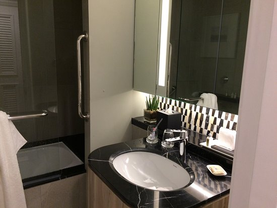 Ascott Makati: photo2.jpg