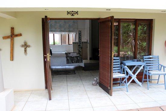 Centurion, South Africa: Lavender room stoep/veranda