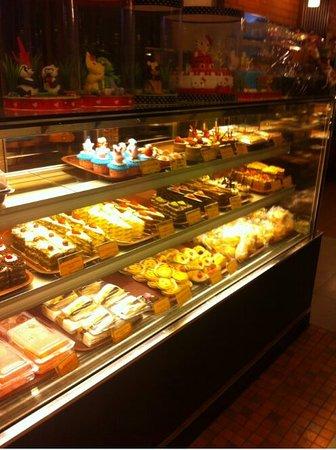 Michelle Bakery Jakarta Restaurant Bewertungen