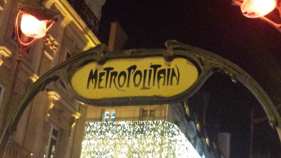 Le Petit Belloy Saint-Germain by HappyCulture: 20161227_200826_large.jpg