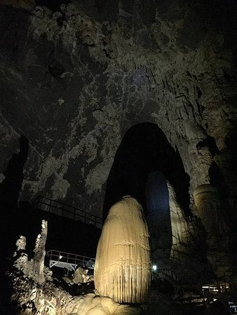 Phu Pha Phet Cave