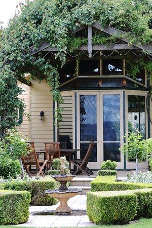 Evandale, Australia: At the garden
