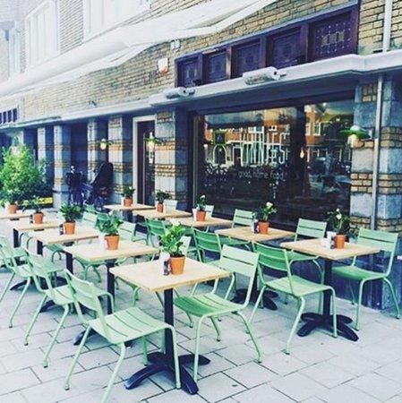 Photo of Restaurant VINNIES at Scheldestraat 45 Bg, Amsterdam 1078 GG, Netherlands
