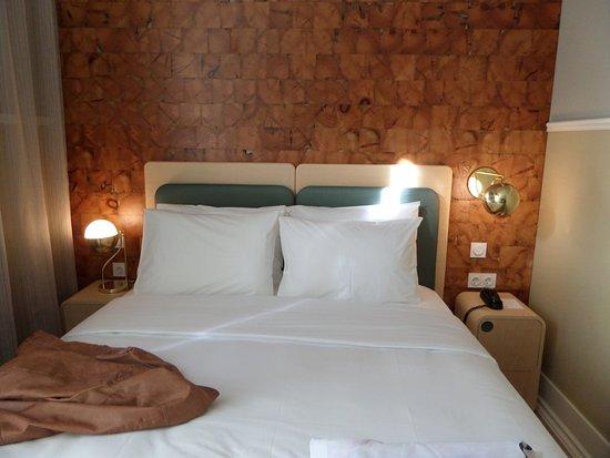 Hotel Lisboa Tejo: Cama muito confortavel