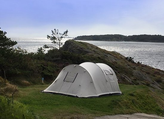 Kristiansand Feriesenter Dvergsnestangen Put up your tent by the sea. & Put up your tent by the sea. - Picture of Kristiansand Feriesenter ...