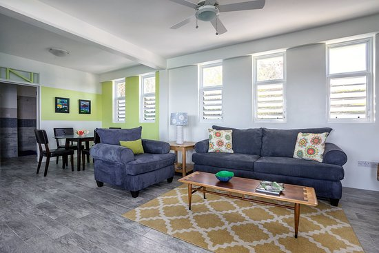 Calibishie, Dominica: Penthouse 1BR Living Room