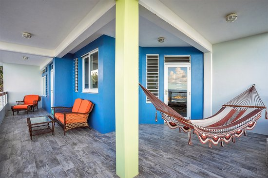 Calibishie, Dominica: Penthouse 1BR covered patio