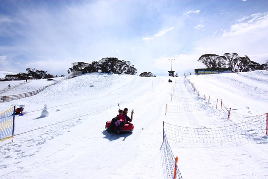 Perisher Valley, Australia: Snow Tubing