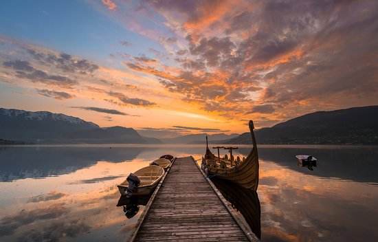 Sandane, Norvegia: Bilde fra brygga