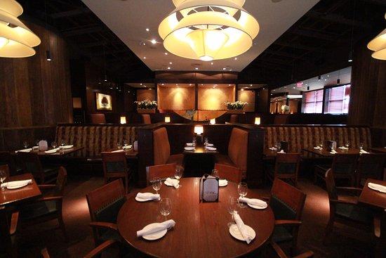 Ajax, Canadá: The Keg Steakhouse + Bar