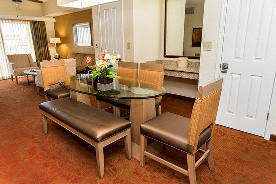 Floridays Resort Orlando: Dining Room