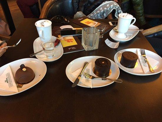 Gentlemans Berlin chocolate and walnut mini torte gentleman s mini torte nougat