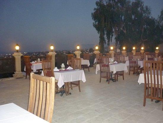 Bellapais Monastery Village: Rooftop Restaurant