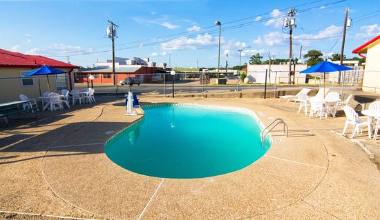 Buffalo, TX: Pool