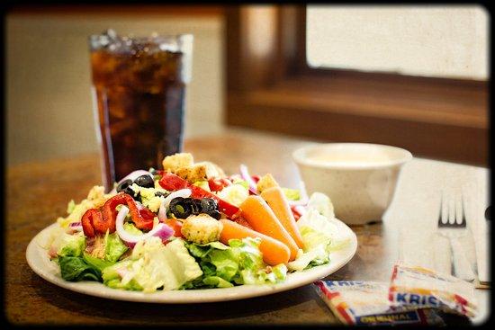 Butte, MT: Salad Bar & Soup included, a beverage too!