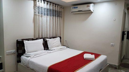 Hotel Siroy Lily: 20170118_180411_large.jpg