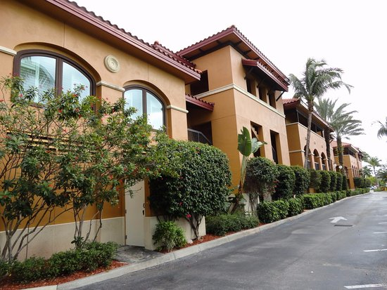 Bellasera Resort: Exterior view