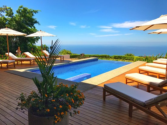 Kalon Surf - Surf Coaching Resort