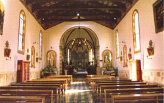 Meduna di Livenza, Italy: Vista frontale della chiesa - dal sito della Diocesi