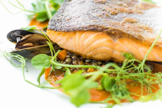 Tempus at Tides Restaurant & Bar: Sea Trout with lentils & mussel stew
