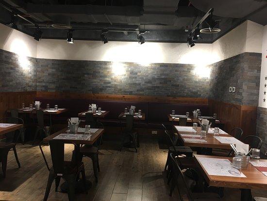 reddy roast dubai restaurant bewertungen telefonnummer fotos tripadvisor. Black Bedroom Furniture Sets. Home Design Ideas