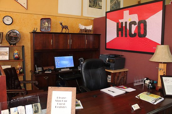 Hico, TX: visitor center located in billythe kid museum