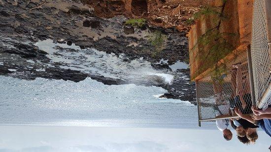 喷水洞張圖片