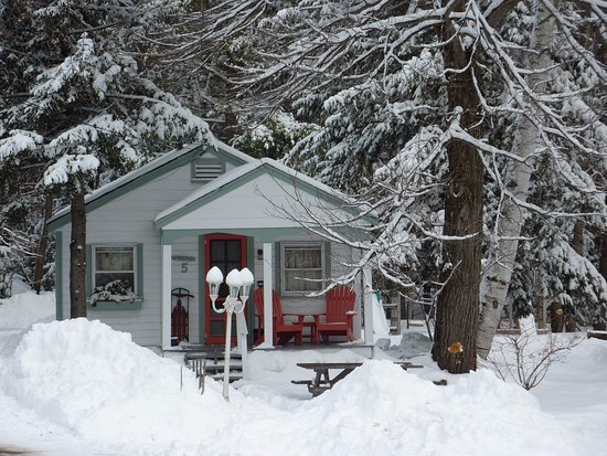 Holderness, Nueva Hampshire: Cozy winter visits - cottages have fireplaces