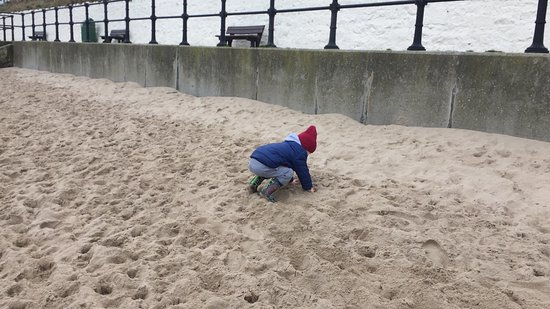 Burntisland, UK: Nice soft sand
