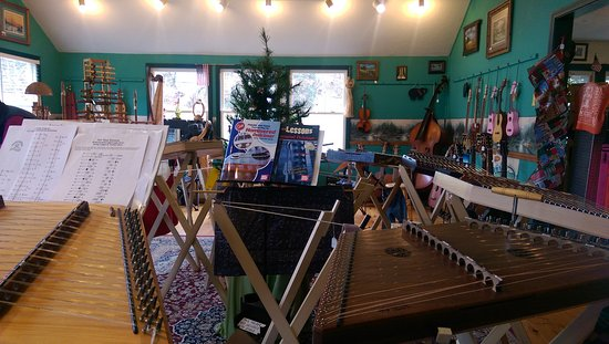 Townsend, TN: Hammered Dulcimers