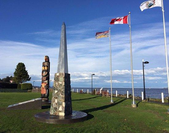 Port Hardy, Canada: Hardy Bay Seawall, waterfront walkway