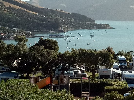 Akaroa TOP 10 Holiday Park: Grand vista.