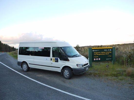 National Park Village, Selandia Baru: National Park Shuttles