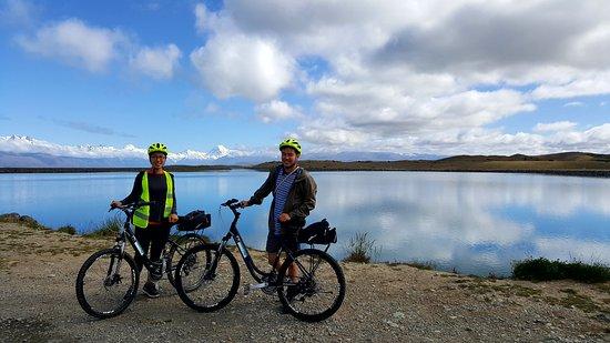 Suported cycle trip A2O Cycle Trail Tekapo Canal, Lake Pukaki to Twizel