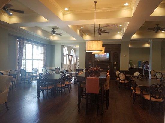 Hampton Inn & Suites Savannah Historic District: 20170124_113400_large.jpg