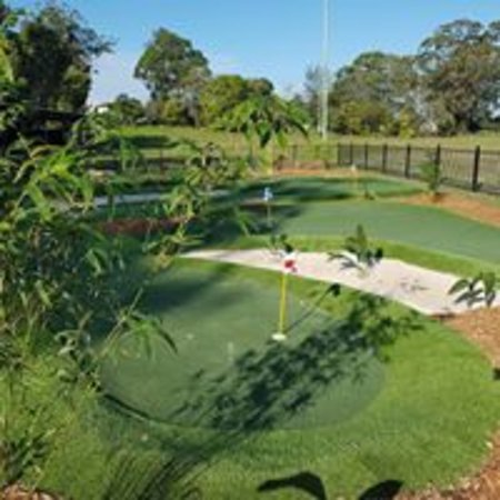 Mt. Gravatt Mini Golf