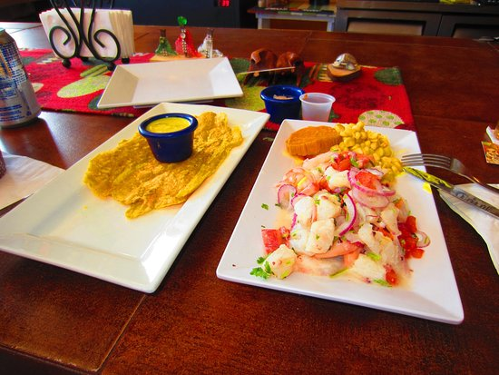 Ceviche Hut: Mixed seafood ceviche with mashed plantains