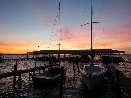 Minneola, FL: Great sunsets, good food