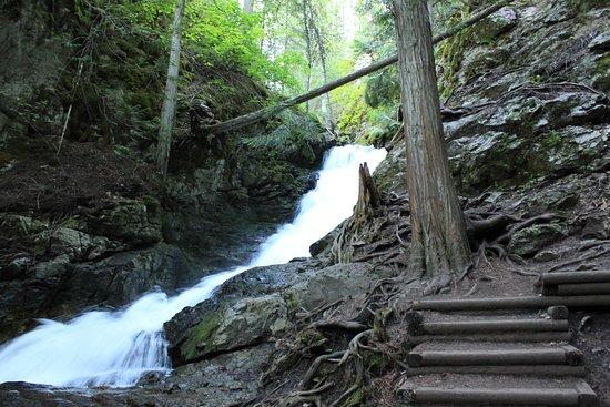 Vernon, Canada: Bx falls