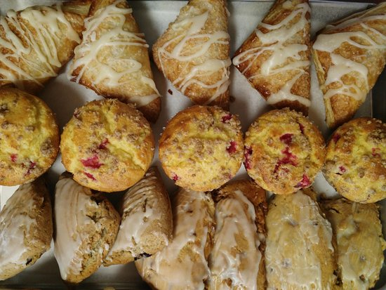 Mountain Home, AR : Turnovers, Scones & Cranberry Orange Muffins