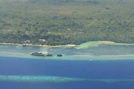 Patuno Resort Wakatobi: From Sky, before landing in Matahora Airport