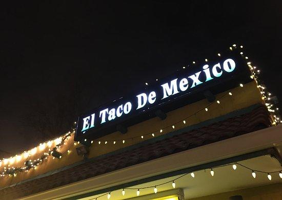 El Taco De Mexico: photo1.jpg