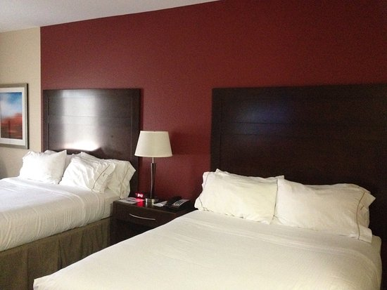 Holiday Inn Express & Suites Duncan Photo