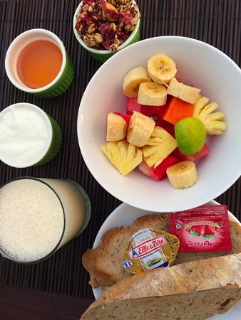 Villa Coco: 'Healthy Alternative' - 1 of the 7 daily breakfast options