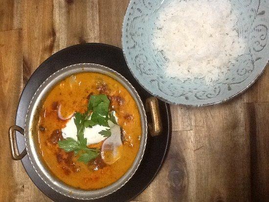Gordon, Australia: Persian chicken Sabzi stew