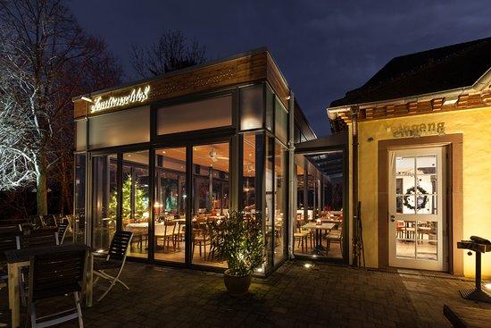 Merzhausen, ألمانيا: Unser Restaurant bei Nacht