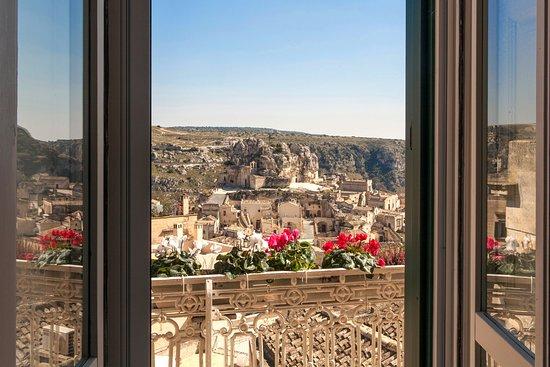 La splendida vista dalla sala colazioni foto di casa for Casa diva