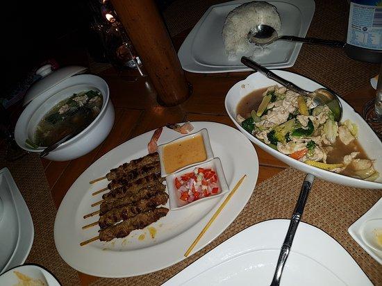 Sala Thai Restaurant: 20170113_225311_large.jpg
