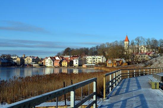 Talsi Lake promenade